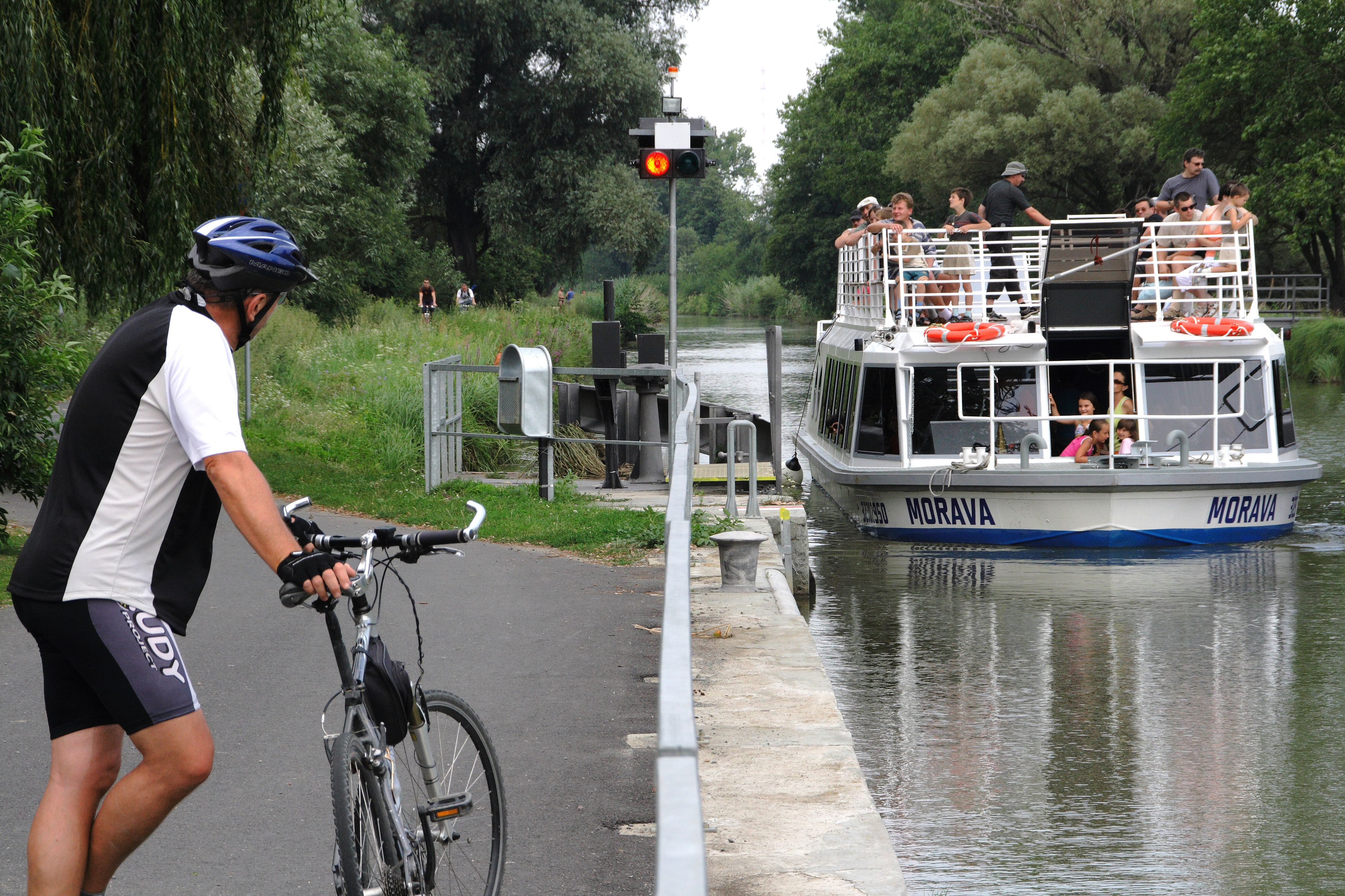 Baťa Canal by bike