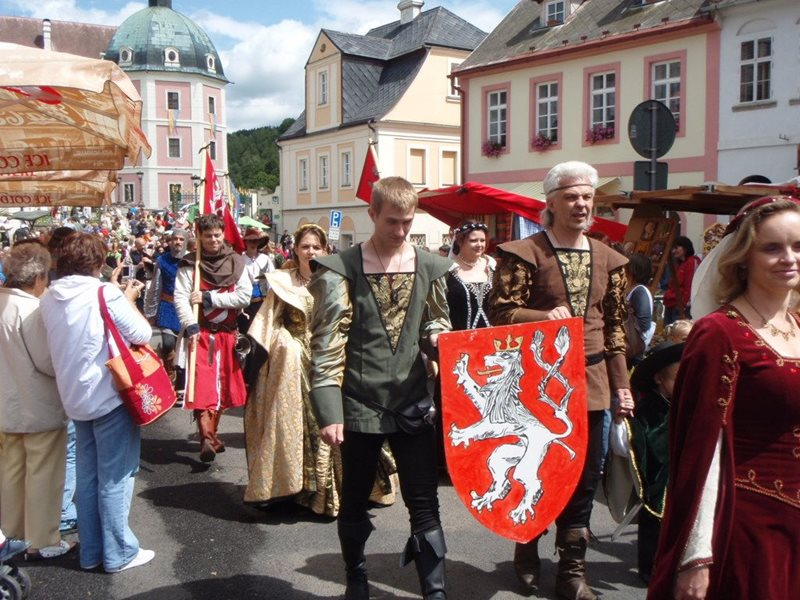 Traditional city festivities in Bečov: a great place for history lovers.
