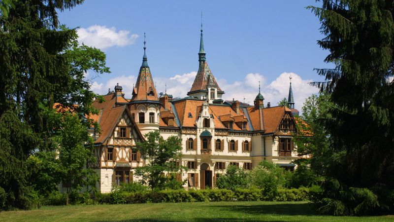 Zoological Gardens and Lešná Chateau