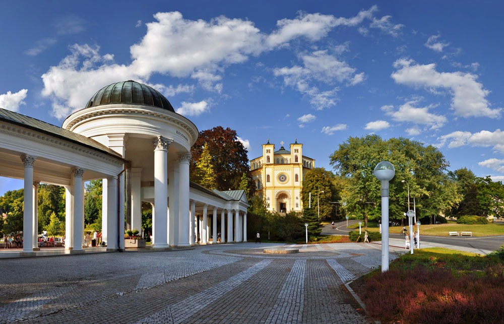 Spa colonnade and the Church of the Assumption of the Virgin Mary