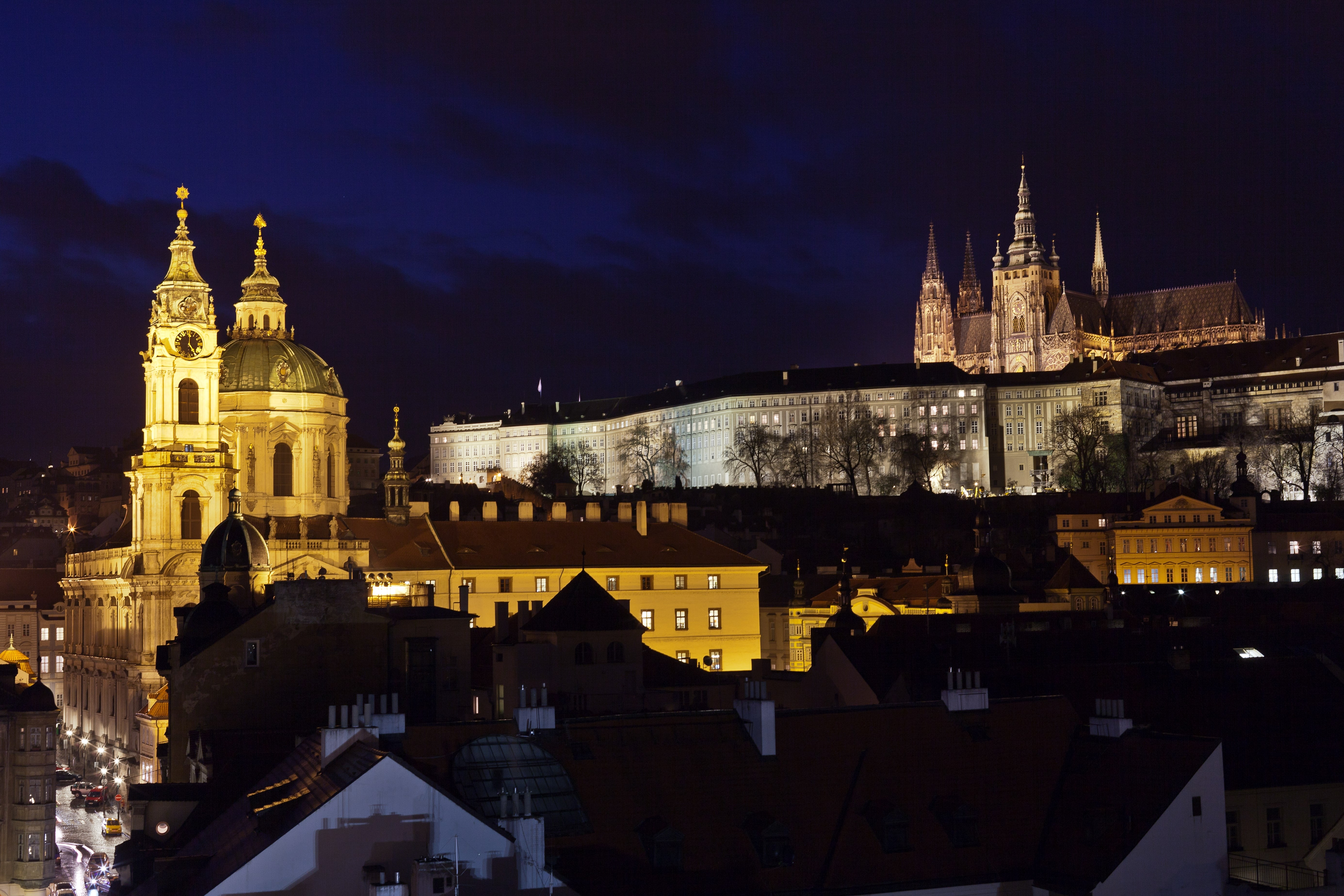Delta Air Lines and Air Transat will resume its flights from North America to Prague