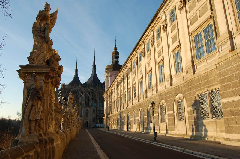 how to get to kutna hora