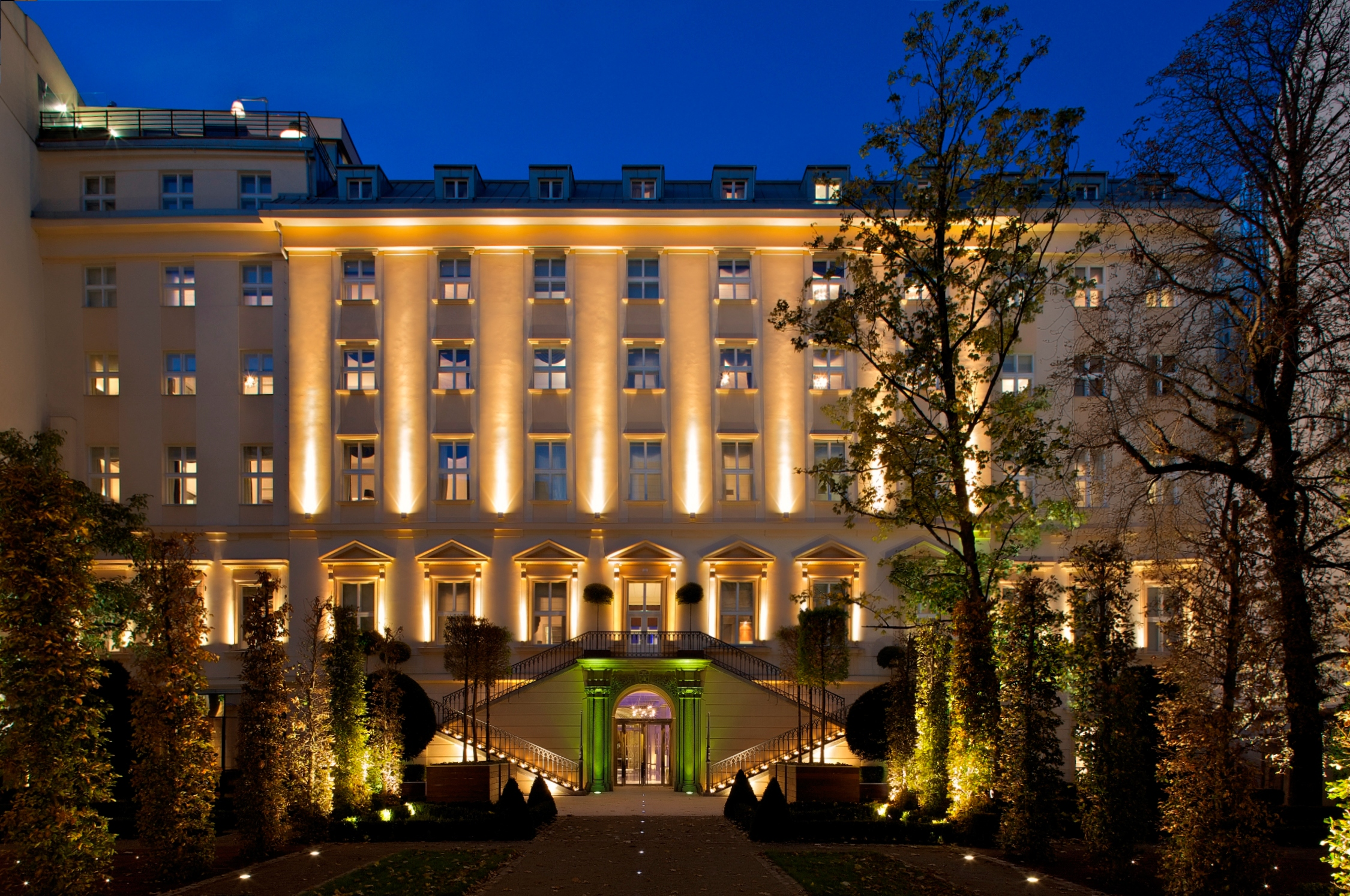 Czech republic the mark luxury hotel prague for Modern hotel prague