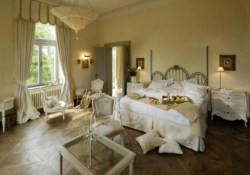 Pretend for a few days that you are a nobleman or noblewoman and stay in a Czech castle!