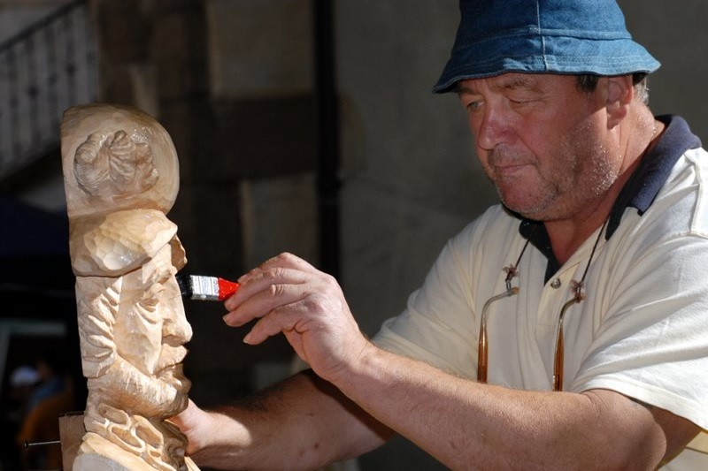 Meeting of more than 30 carvers in the open air, who will carve pieces on the given theme in the lower court of Křivoklát Castle. It includes an exhibition, fair, music, theater, tours of the castle…