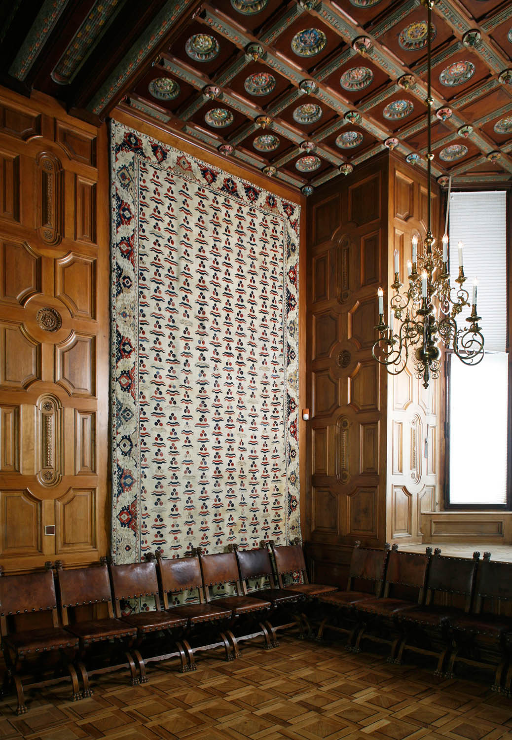 Hluboká Chateau - cintamani carpet