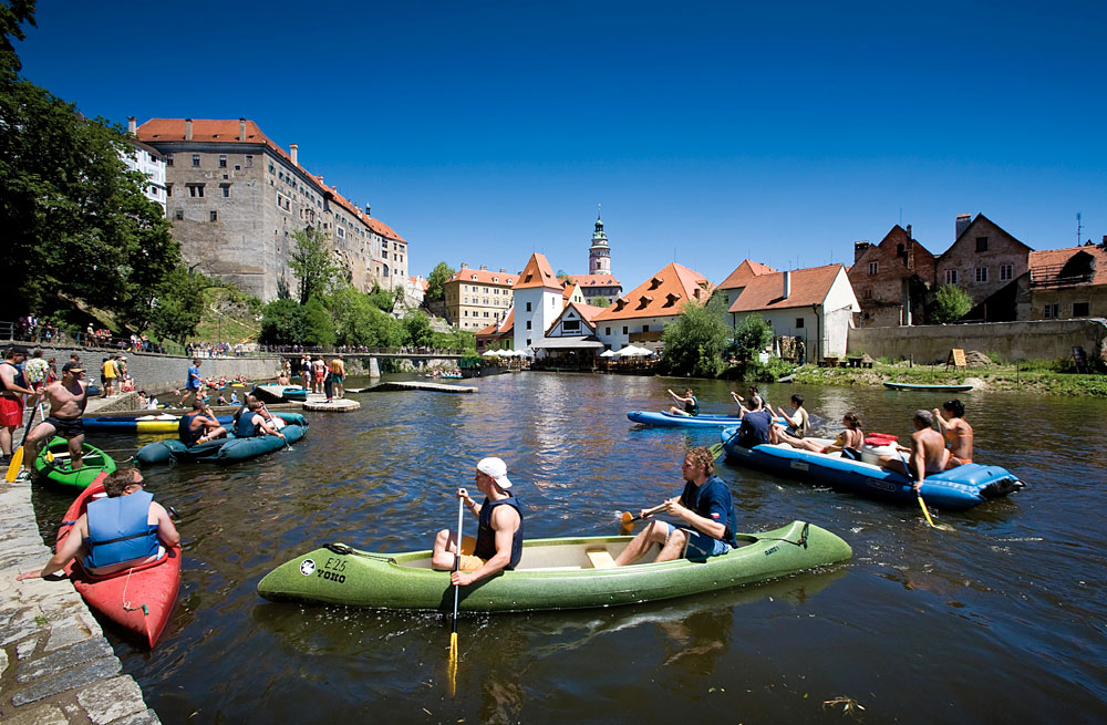 A summer idyl on the water in Český Krumlov