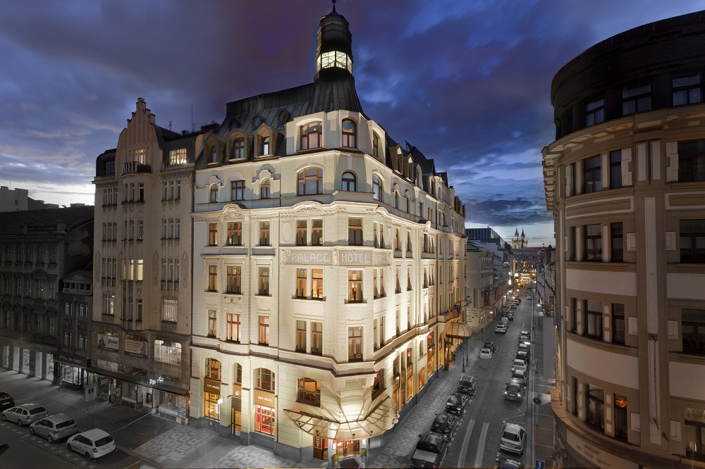 Czech republic art nouveau palace hotel prague for Modern hotel prague