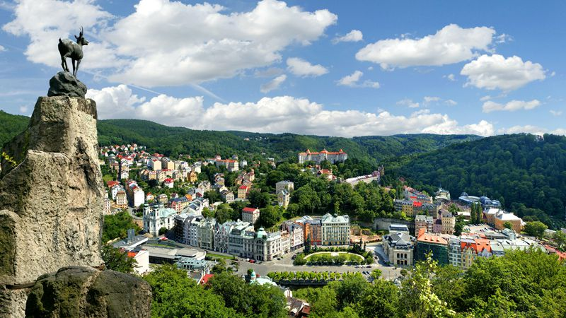 Direction Karlovy Vary, joyau du triangle thermal