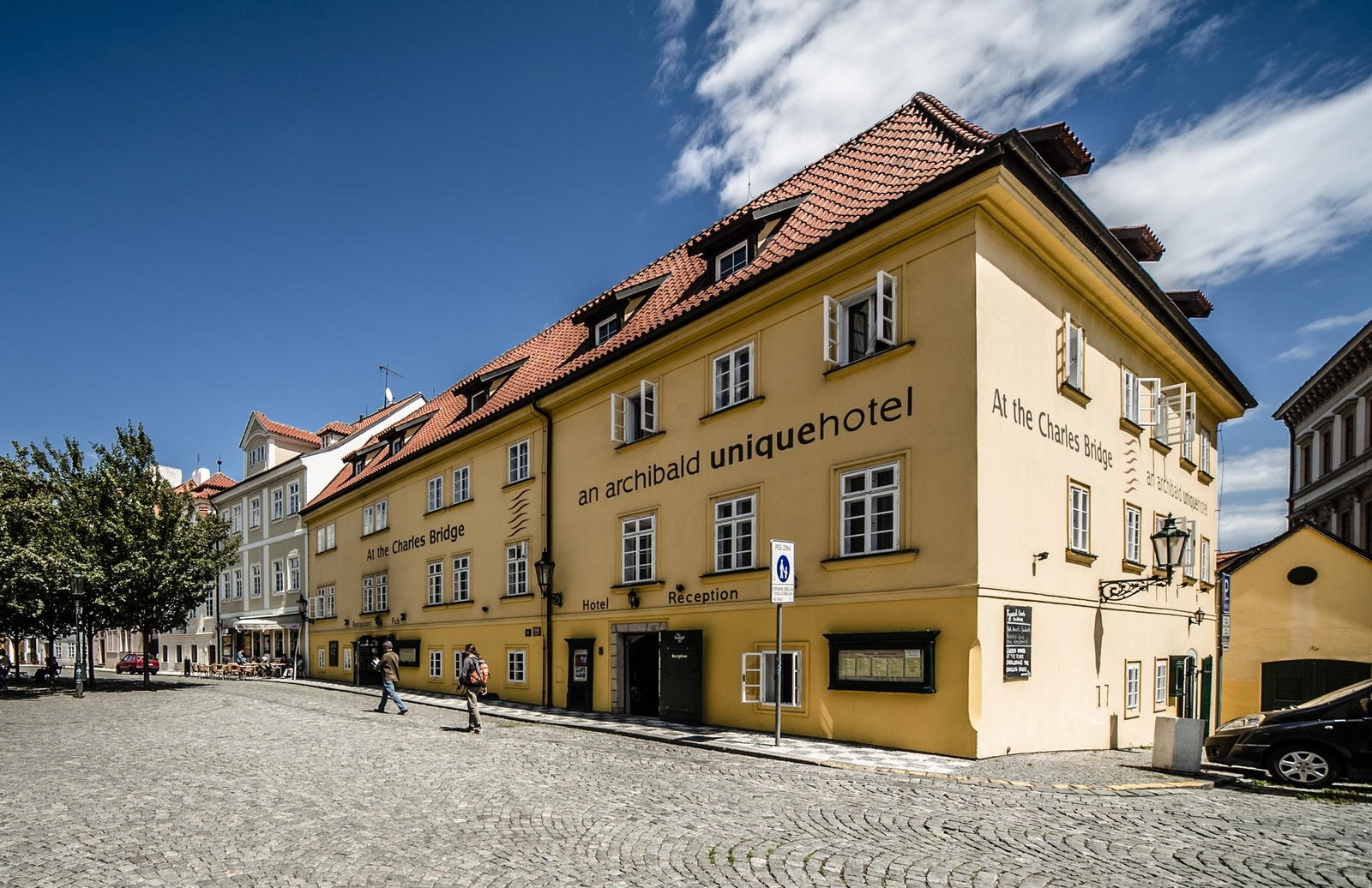 Czech republic hotel archibald u karlova mostu for Charles hotel prague