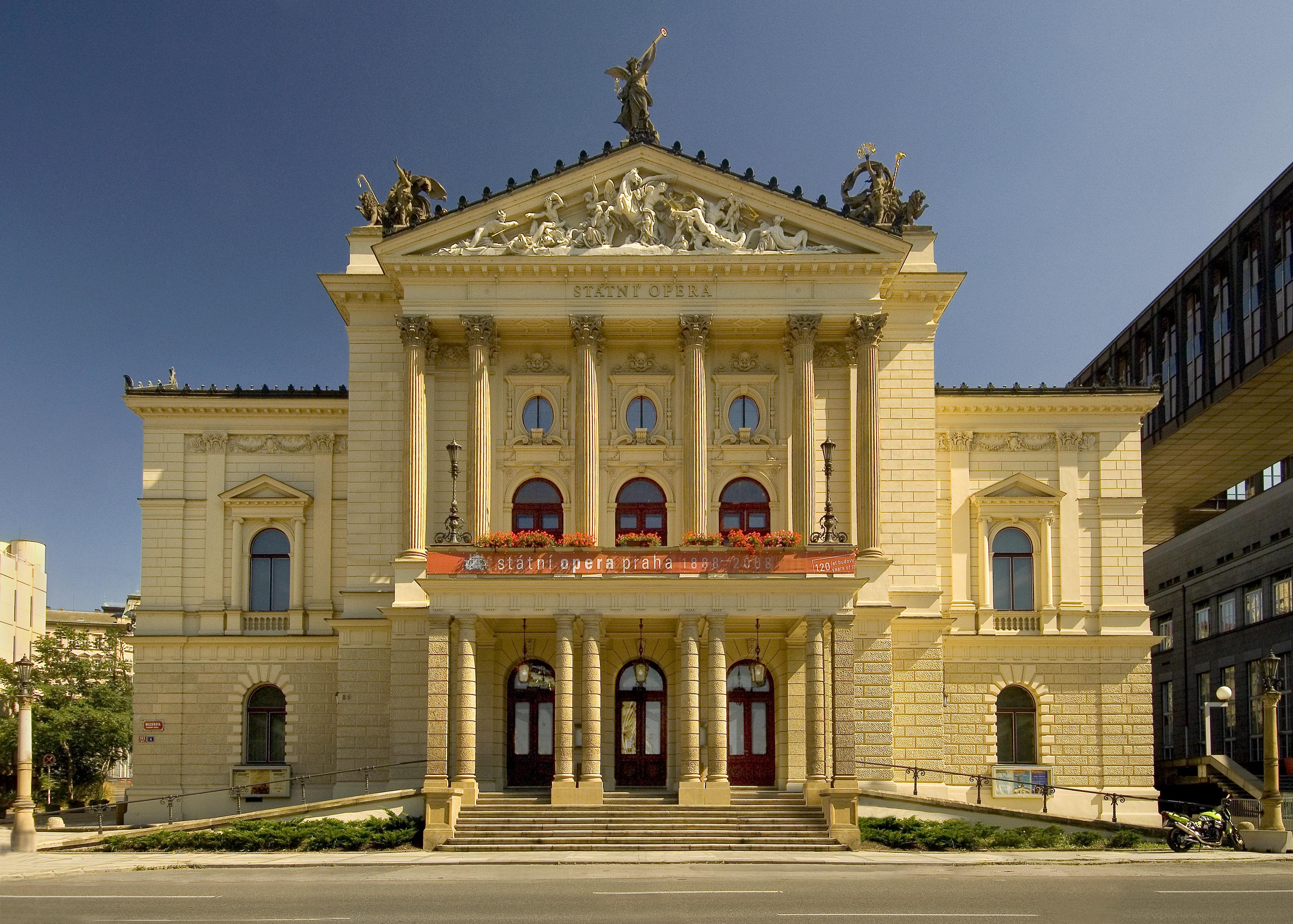 今世紀最大のディーバ、グルベローヴァの集大成「ノルマ」に期待