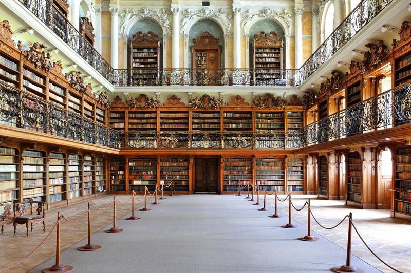 Teplá - baroque library