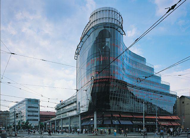 Zlatý Anděl shopping centre in Smíchov