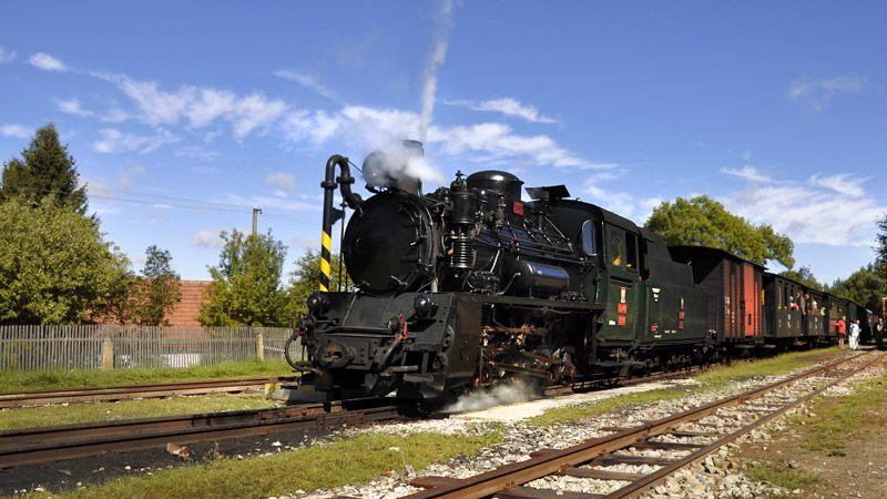 Jindřichův Hradec - train local sur voie ferrée étroite