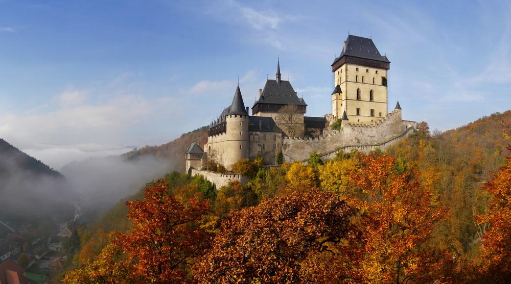卡尔什特因城堡
