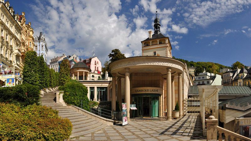 Karlovy Vary - les thermes du château