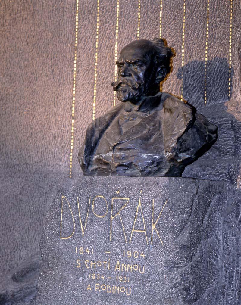 Wyszehrad – Cmentarz Slavínský – grobowiec Antonína Dvořáka