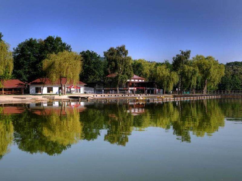 Der See Kamencové jezero in Chomutov