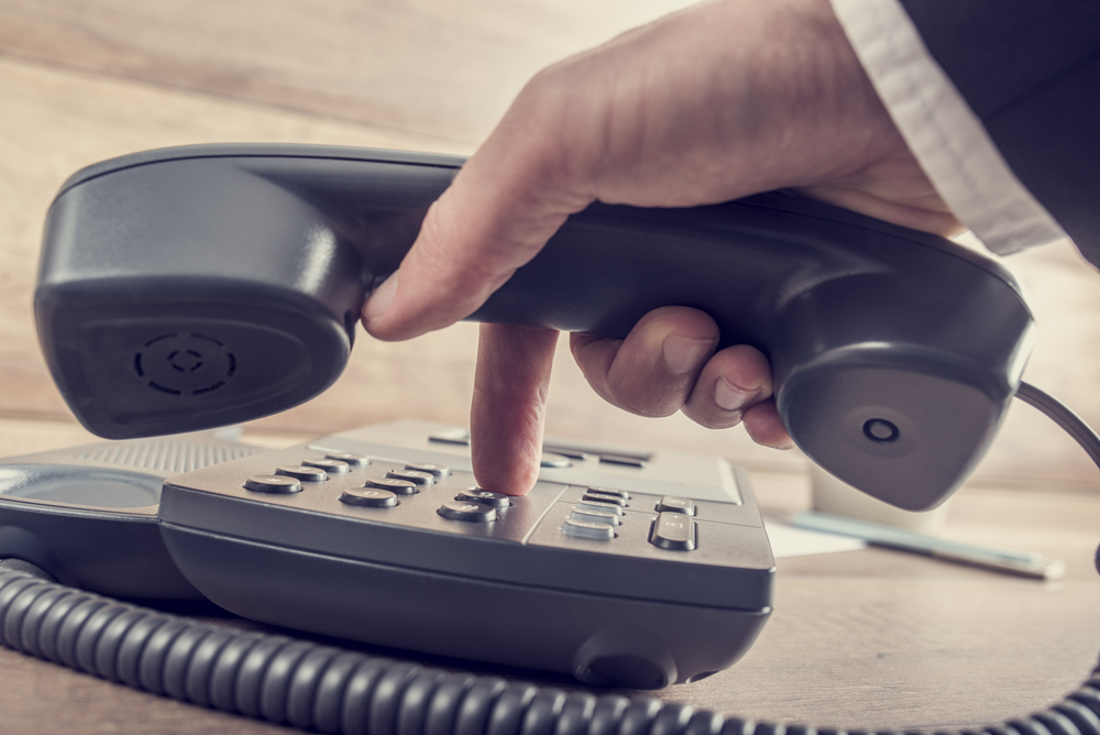 The most important telephone numbers and useful memory aids.