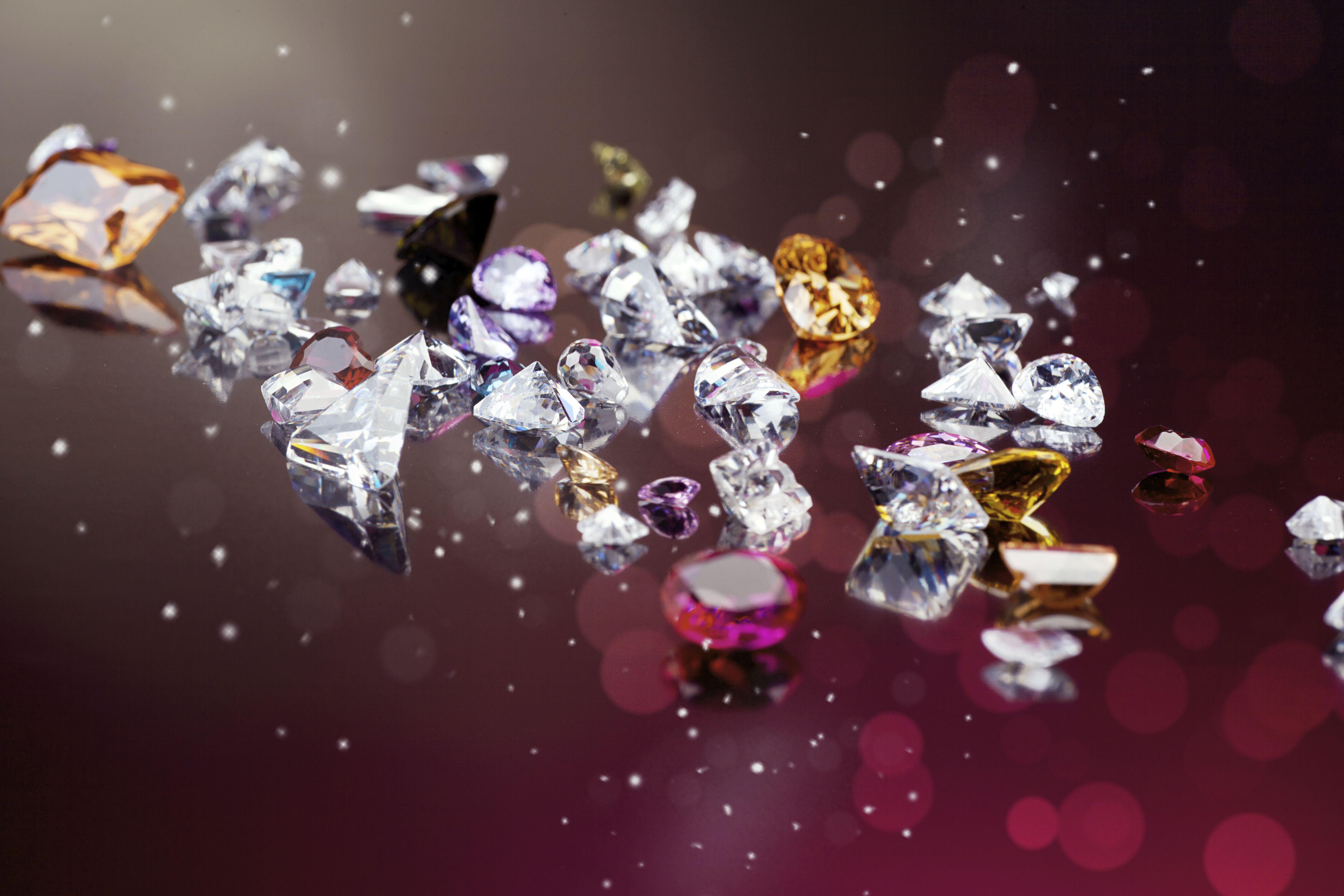 Wystawa jest największą od 25 lat prezentacją czeskiego przemysłu szklarskiego i biżuteryjnego.