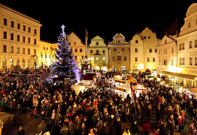Let yourself be Enchanted by the Atmosphere of Czech Advent Markets