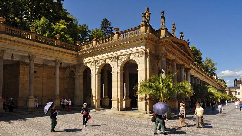 Karlovy Vary - colonnato Mlýnská